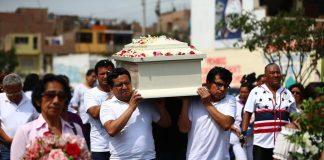 Los restos de Solsiret Rodríguez fueron enterrados en el Parque del Recuerdo de Ventanilla.