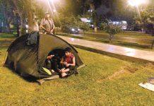 Pasqueños con sangre contaminada vienen acampando frente al Minsa