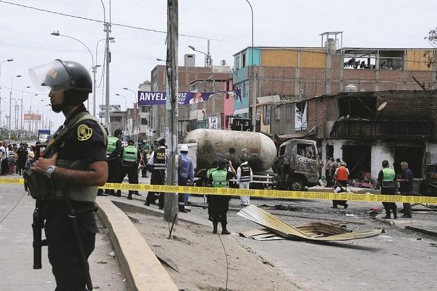La deflagración ocurrida en Villa El Salvador sigue cobrando más víctimas mortales.
