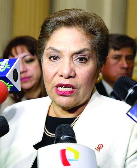 Salgado: Puede haber ataques físicos contra los legisladores