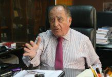 """Exministro Ántero Flores-Aráoz asegura que constructora brasileña """"nos ha hecho cholitos y nos ha agarrado de 'lornas', por ello había la necesidad de renegociar el acuerdo""""."""