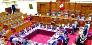 La Comisión Permanente aprobó el pago de bonos de S/ 8,600 para los trabajadores del Congreso.
