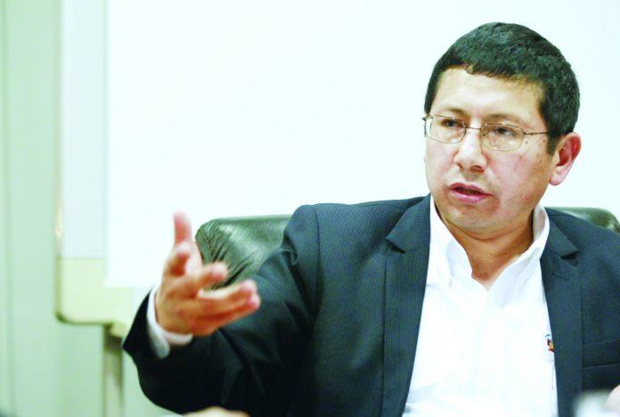 Ministro Trujillo declaró por caso hospital de Moquegua