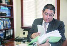"""El fiscal Reynaldo Abia afirmó que hay """"varios nombres"""" de exlegisladores vinculados a la mafia."""