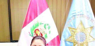 Liseth Melchor es una profesional del derecho y militar que cría y educa a sus dos hijos a la vez.
