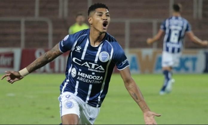 """Wilder Cartagena trabaja """"para estar en la selección peruana"""""""