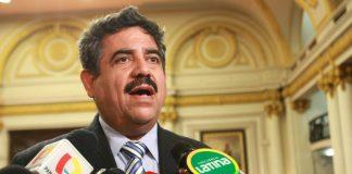 Manuel Merino de Lama propuso que revisen los decretos de urgencia