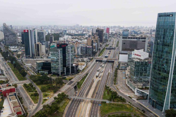 Calidad del aire en Lima mejora por restricción a los vehículos