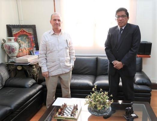 Cooperación cubano-peruana