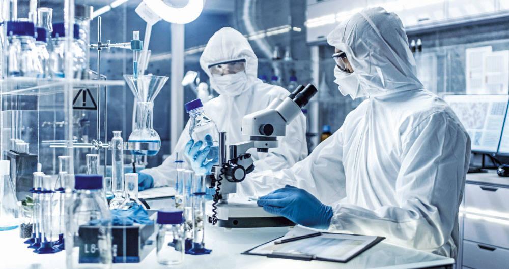 Universidad de Oxford anuncia que vacuna contra covid-19 funcionó en monos