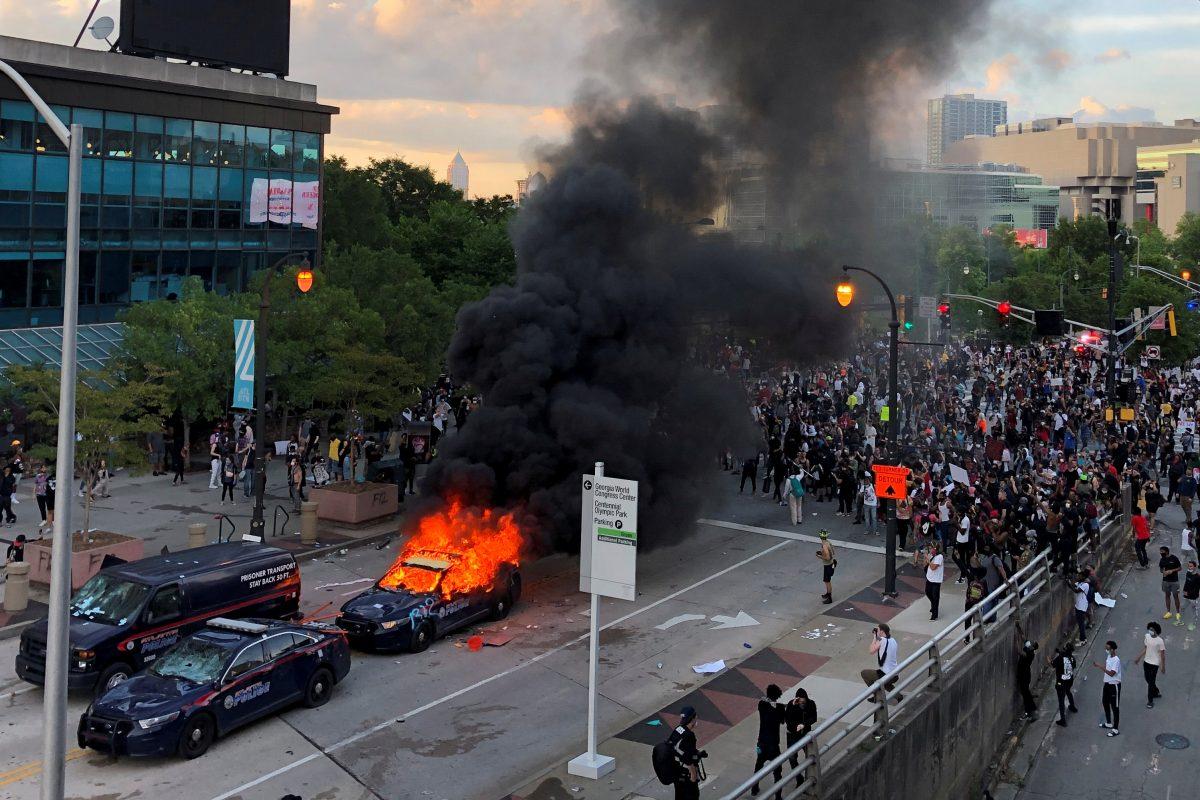 Toque de queda por disturbios raciales en 25 ciudades de EEUU