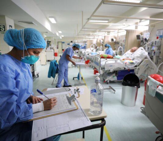 Pacientes con covid-19 en planta.