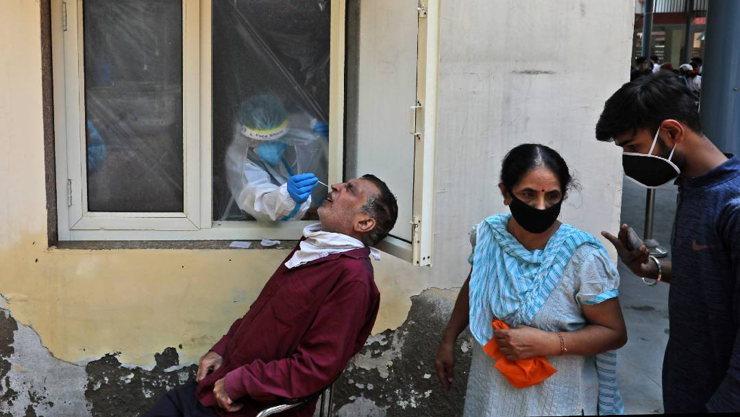 OMS reporta 26.5 millones de casos de coronavirus a nivel mundial
