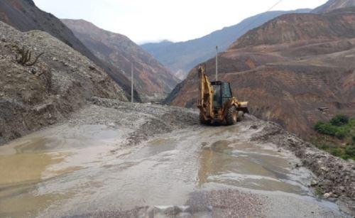 Huaico interrumpe vía nacional y afecta viviendas en Áncash