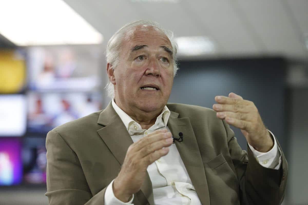 Carnecitas (24/02/2021) Víctor Andrés García Belaunde