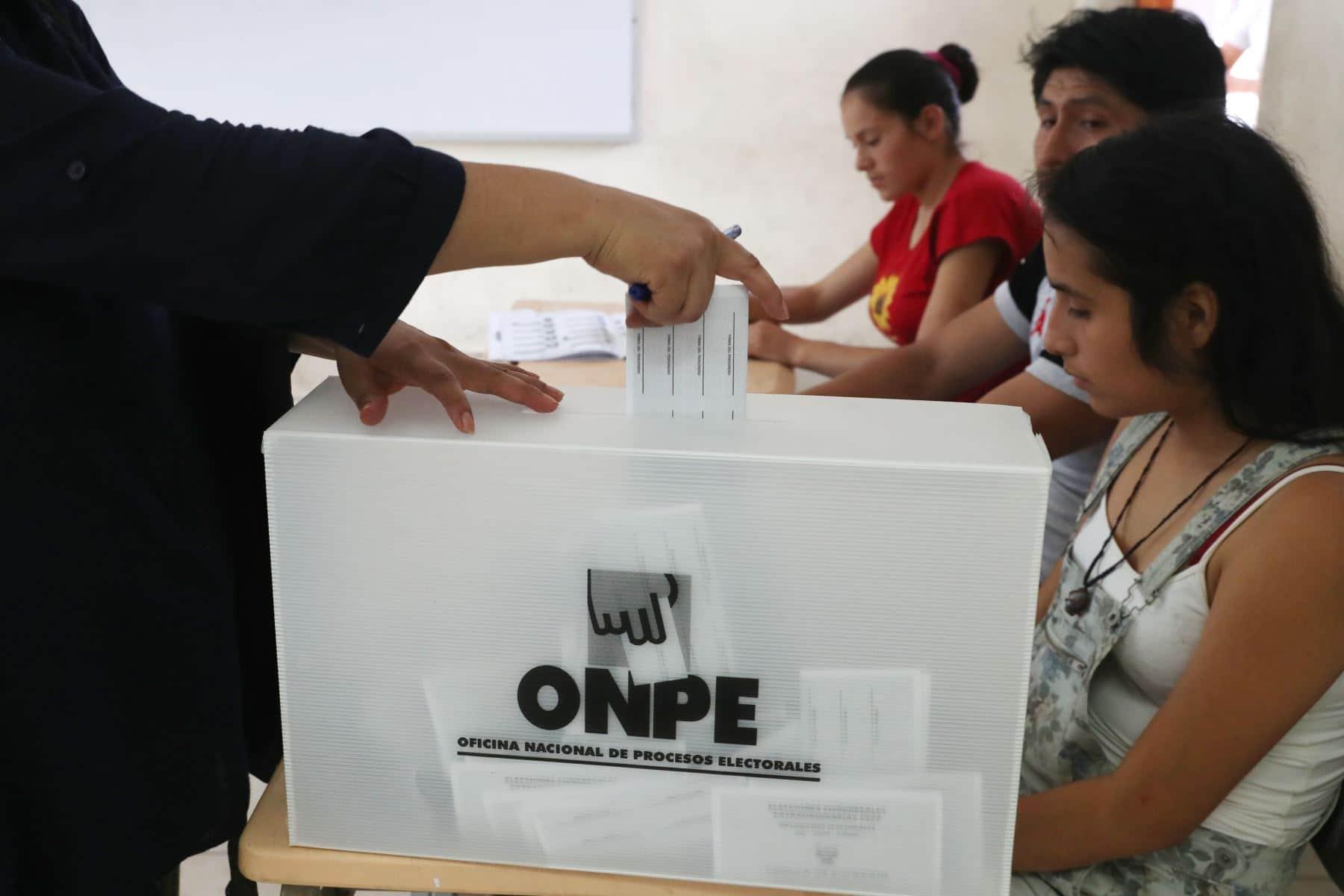 ONPE: Mayores de 65 años no estarán obligados a votar