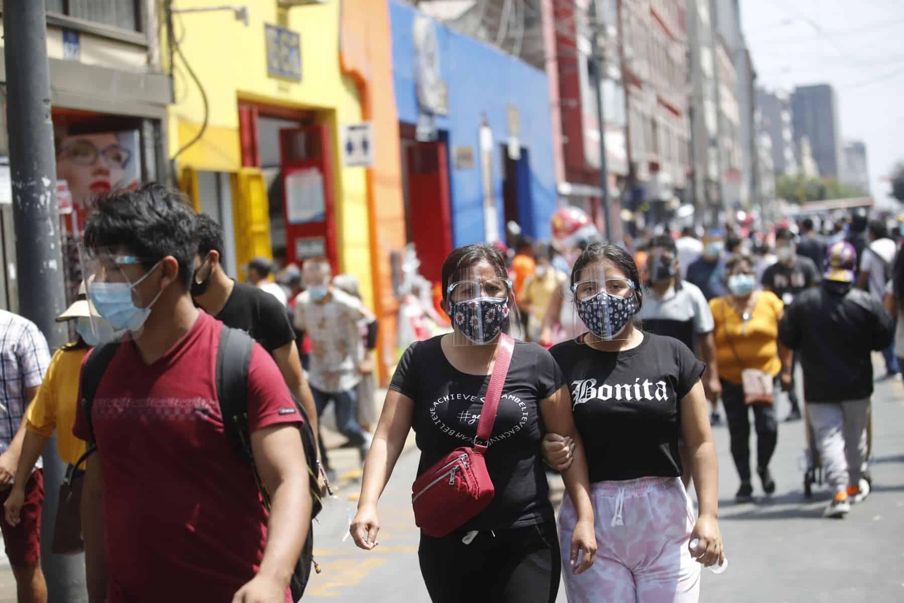 Perú en alerta ante incremento de muertes por covid-19