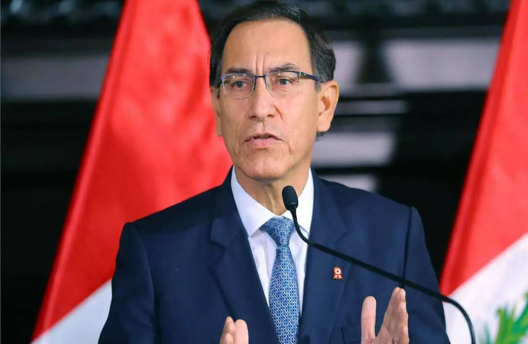 Martín Vizcarra presenta demanda de amparo contra el Congreso
