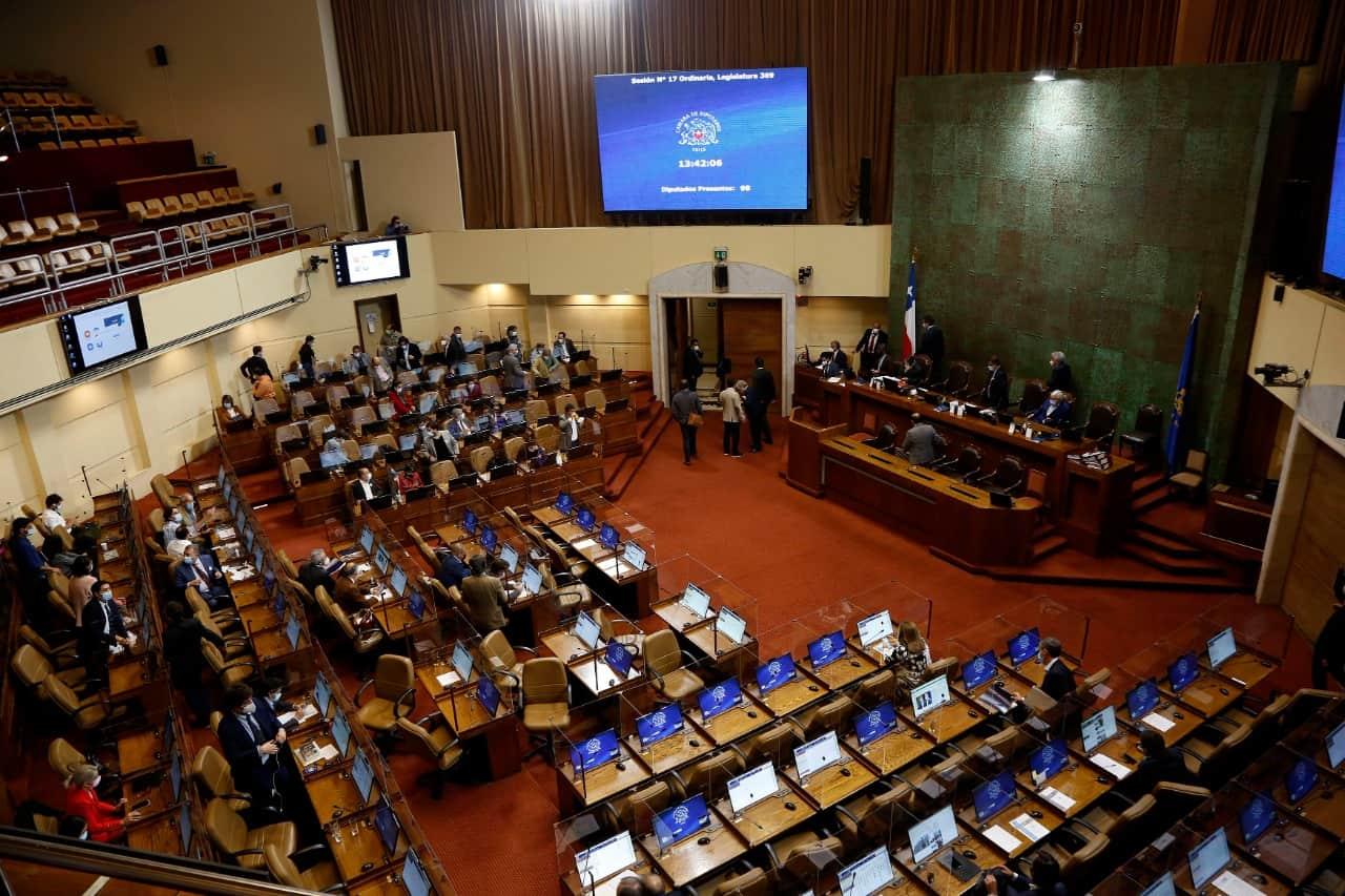 Diputados rechazan impuesto a las grandes fortunas en Chile
