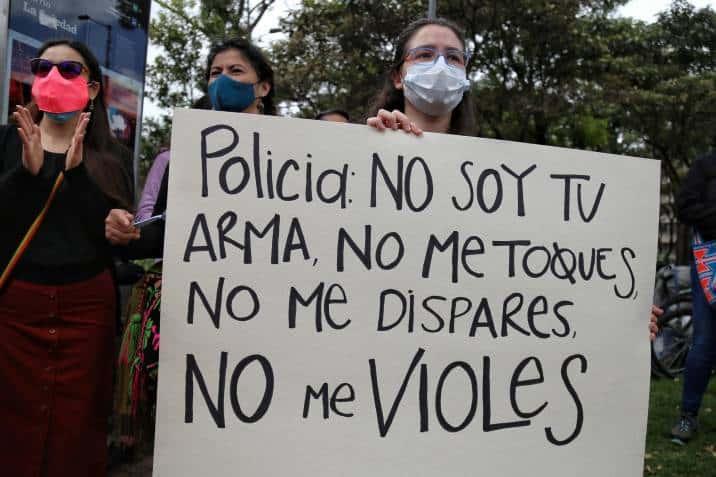 Colombia: Joven se suicidó tras ser abusada por policías