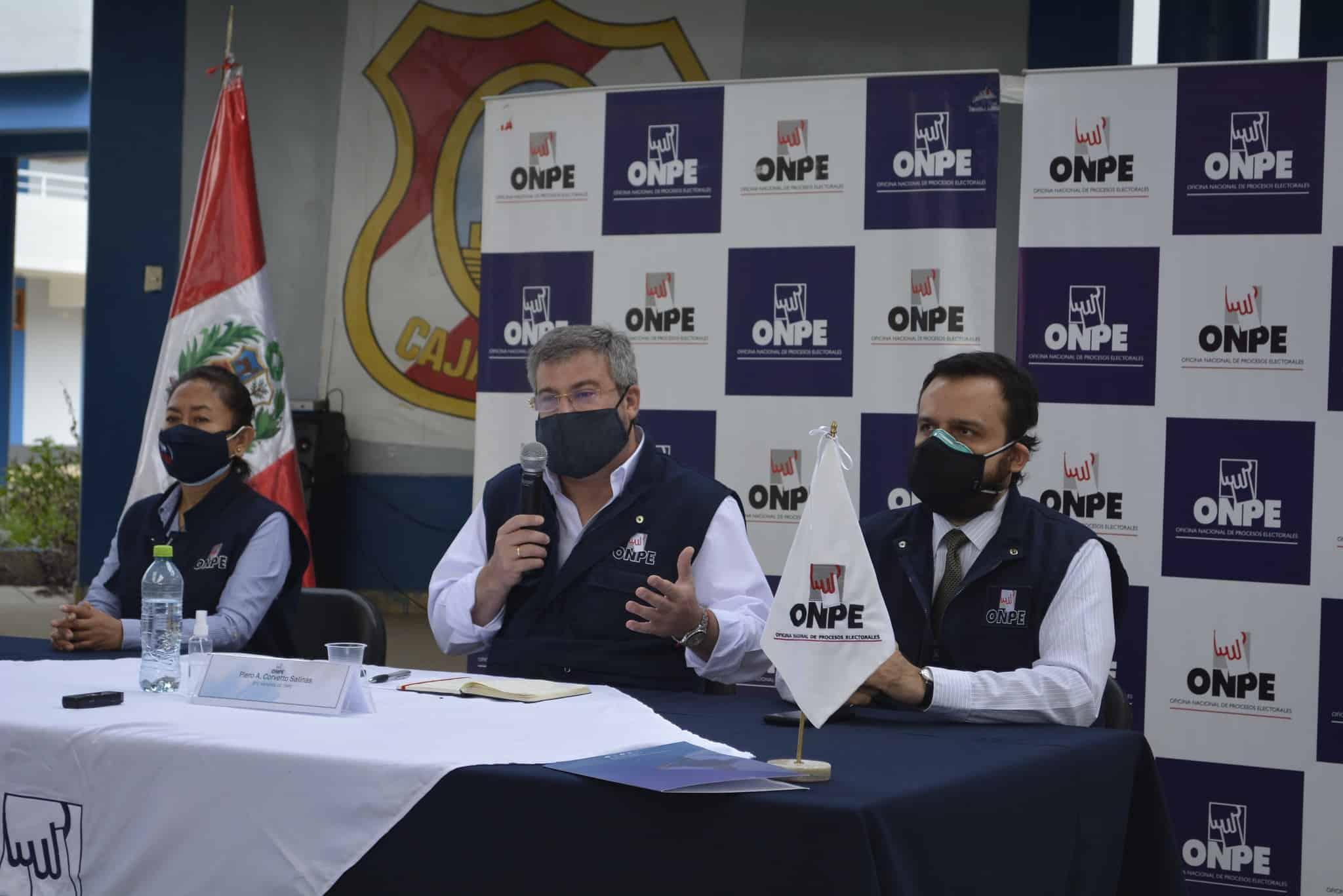 """Jefe de ONPE: Personero estaba en """"delito flagrante"""""""