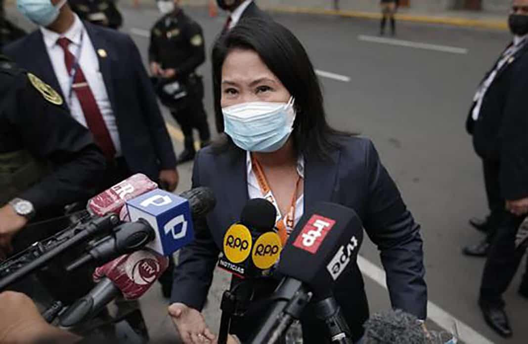 Keiko Fujimori pide a Castillo que se sume a su pedido de auditoría