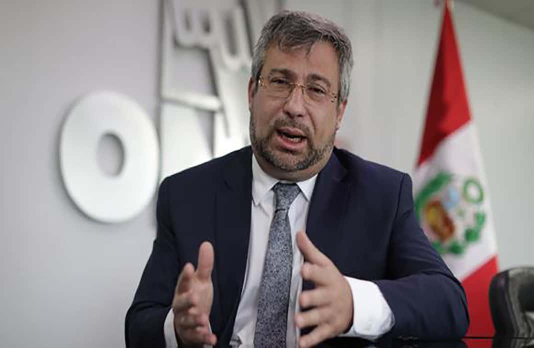 Jefe de la ONPE denuncia agresión dentro del Club Regatas