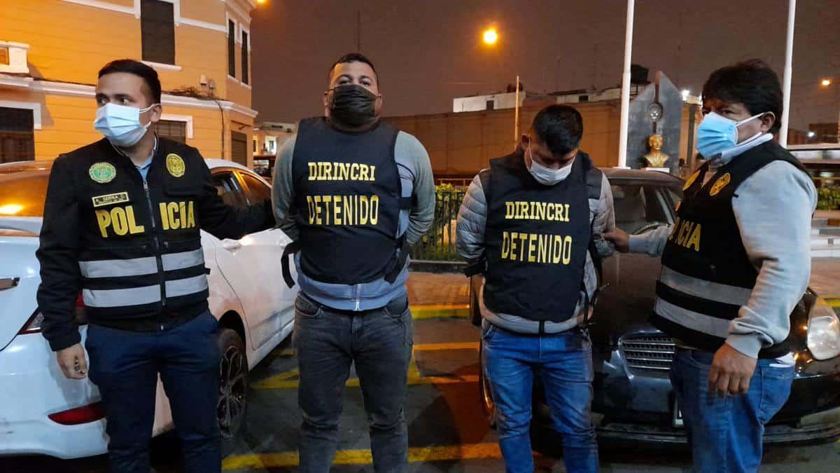Tres policías integraban una banda de extorsionadores