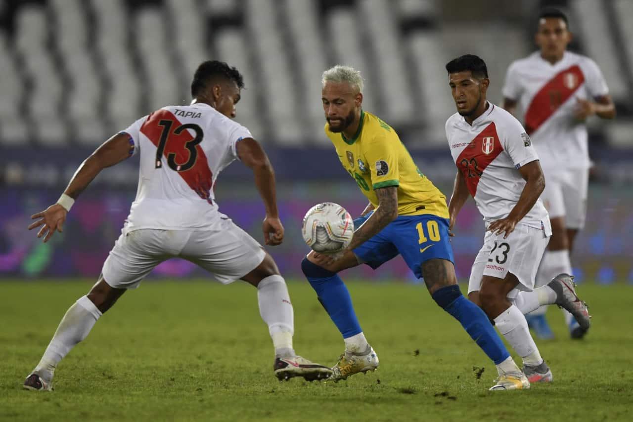 Perú cayó ante Brasil y ahora peleará por el tercer lugar