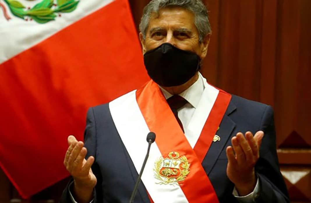 Presentan denuncia constitucional contra Francisco Sagasti, Bermúdez y Ugarte