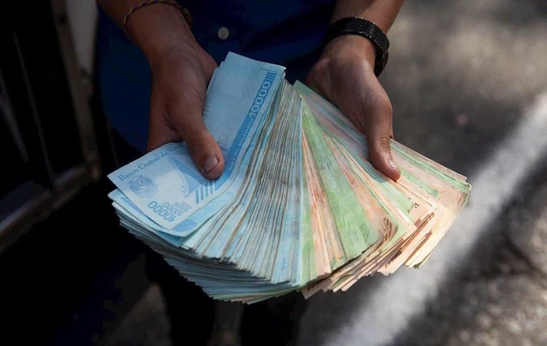 Venezuela anuncia la eliminación de seis ceros a su moneda