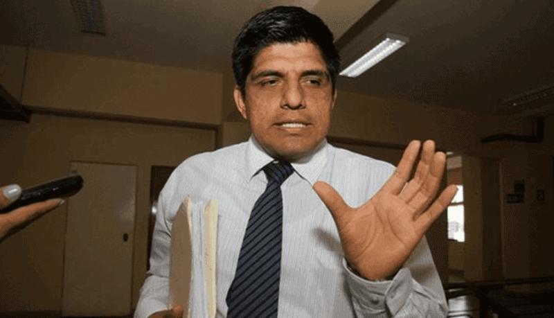 Fiscalía abre investigación contra ministro del Interior
