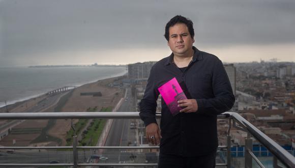"""Poeta Aarón Ormeño publica """"Amor y sangre en el Callao"""""""