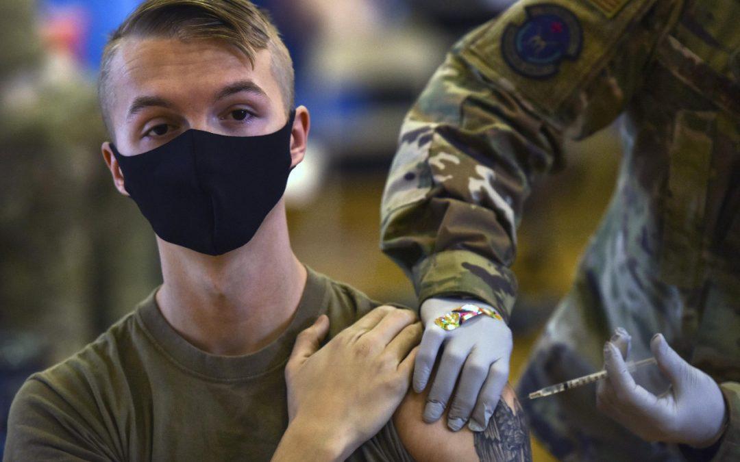 Pentágono ordena la vacunación obligatoria de todos sus soldados