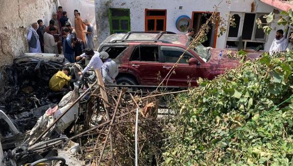 Mueren diez afganos en ataque aéreo de EE.UU. contra cochebomba de Talibanes