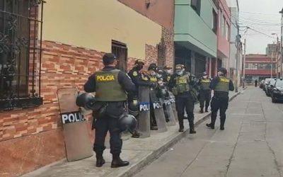 ¡No lo quieren! Vecinos de Pedro Castillo piden que se mude a Palacio