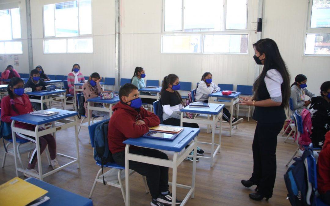 Minedu plantea el regreso del 50% de colegios a la educación semipresencial