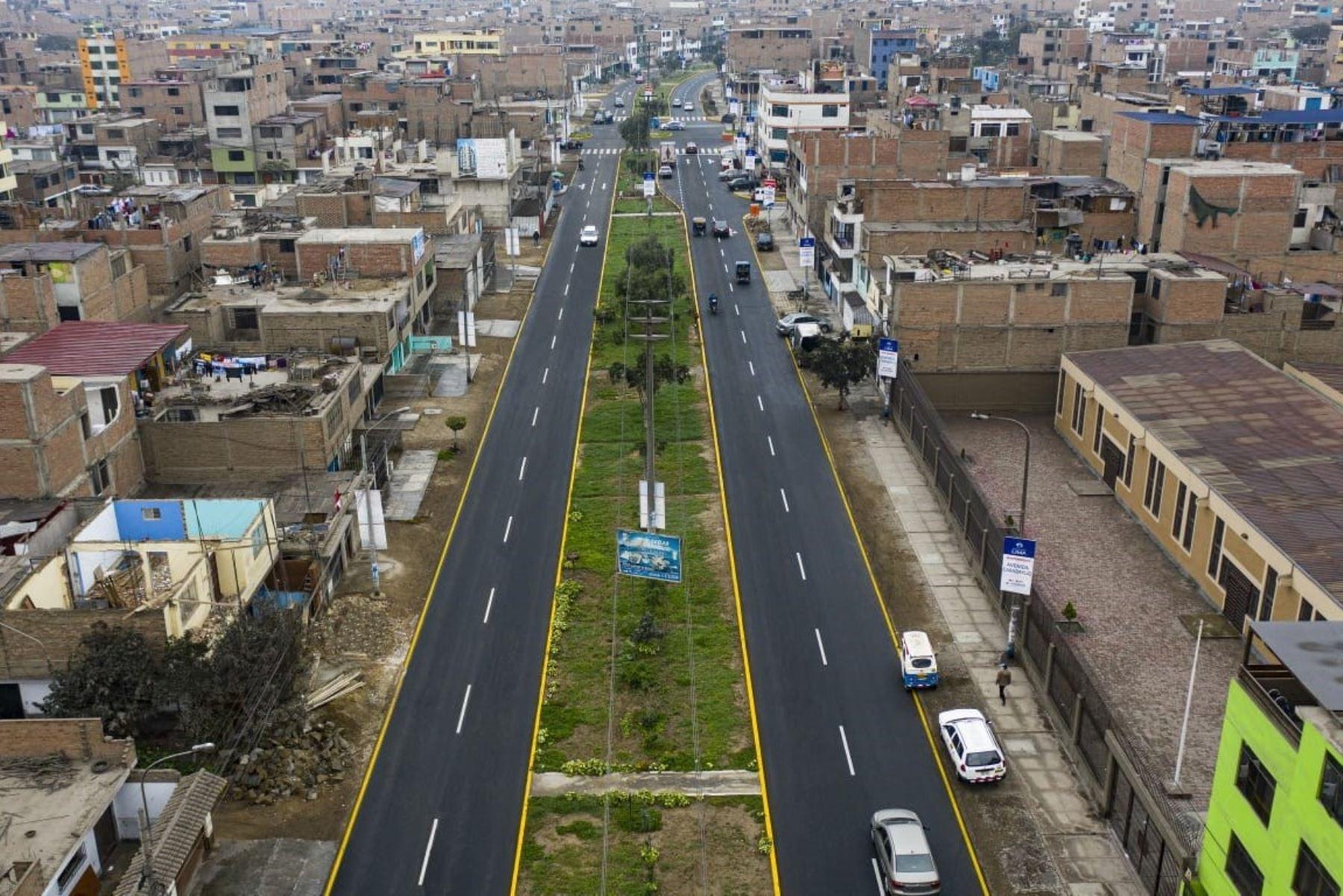 Metropolitana de Lima innovó pistas en Comas