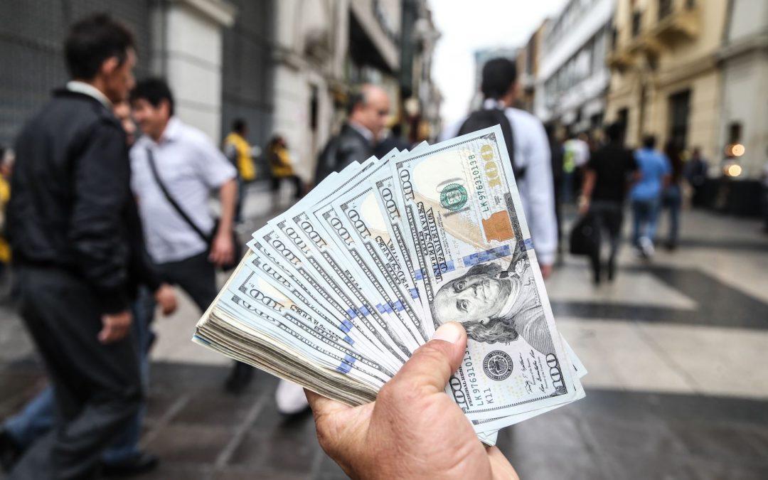 """""""Sin incertidumbre, se esperaba un dólar más cercano a S/3.60 o S/3.70"""""""