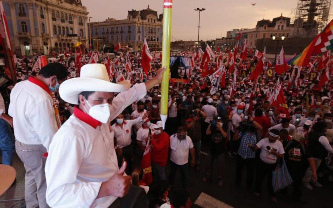 Perú Libre oculta información a ONPE sobre alquiler de avioneta