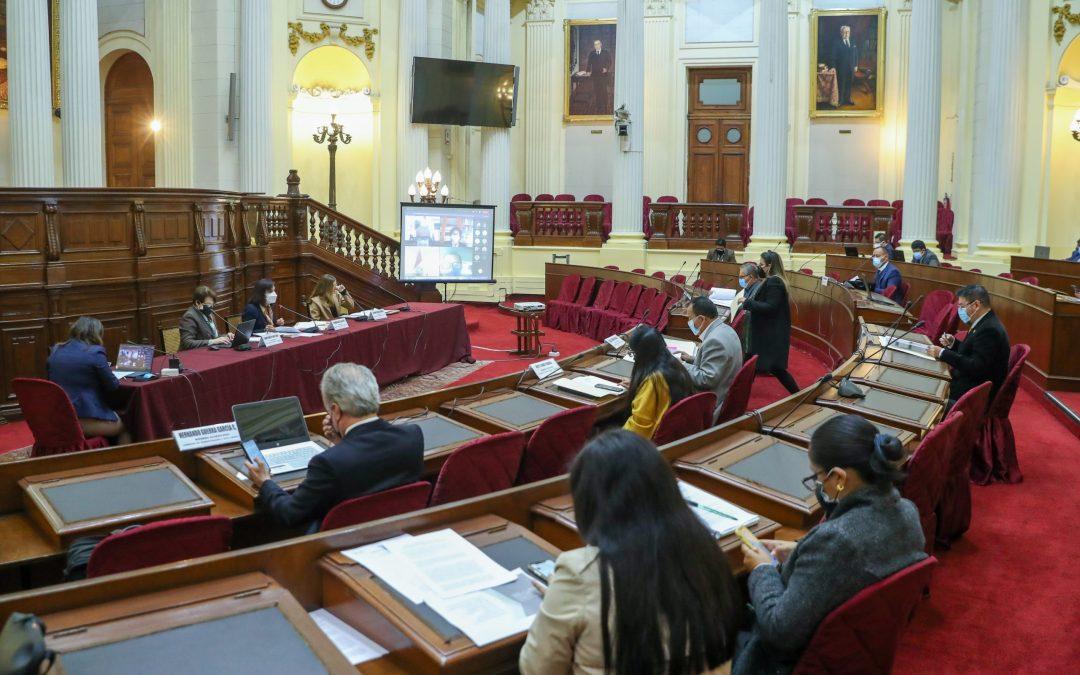 Ponen candados para evitar cierre de Congreso por parte de Castillo