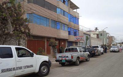 Policía allana inmuebles de alcaldes de Julcán y Calamarca