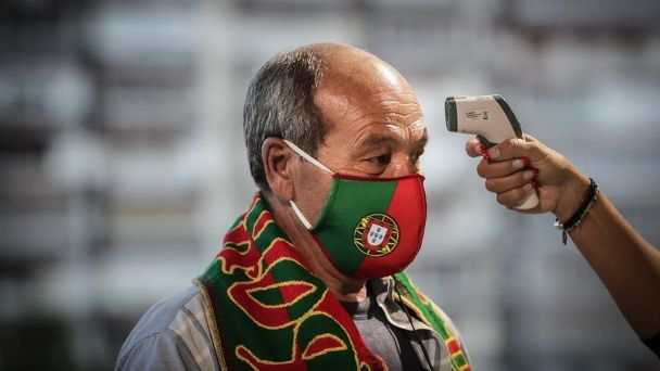 """Portugal también le dice """"adiós"""" a las mascarillas en las calles"""
