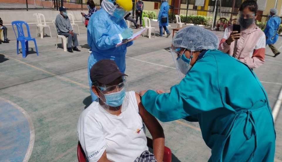 """Chincha: Se registró una vacunación """"masiva"""" de viajeros limeños"""