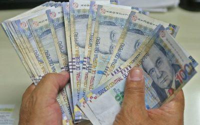 Trabajadores de banco son investigados por robo