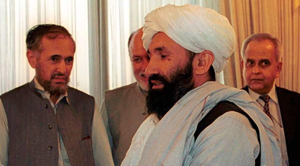 Talibanes nombran gobierno interino para Afganistán