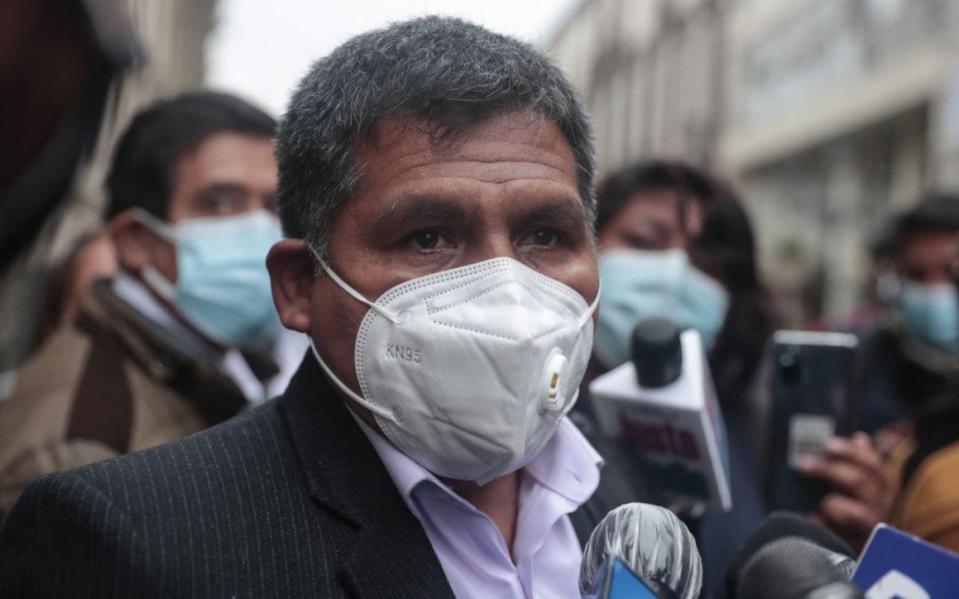 Quito critica a Torres tras decir que Cerrón era mala influencia