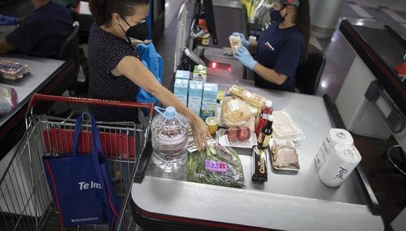 Presidente de Indecopi se mostró a favor de regular precios