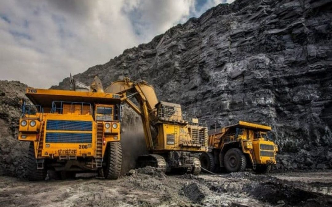 Gobierno trabaja en nuevas leyes para la industria minera y sector hidrocarburífero
