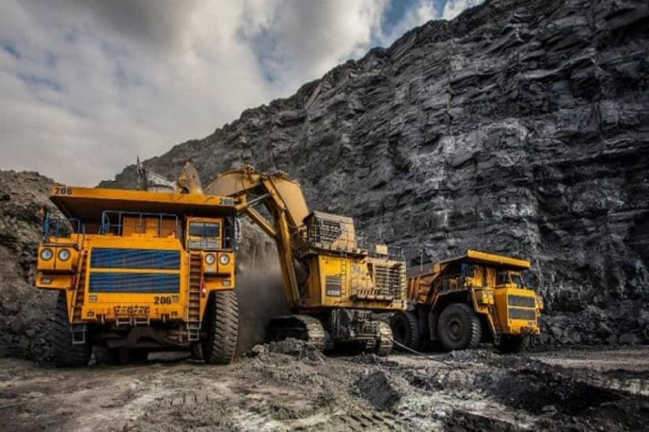 Gobierno trabaja en nuevas leyes para la industria minera